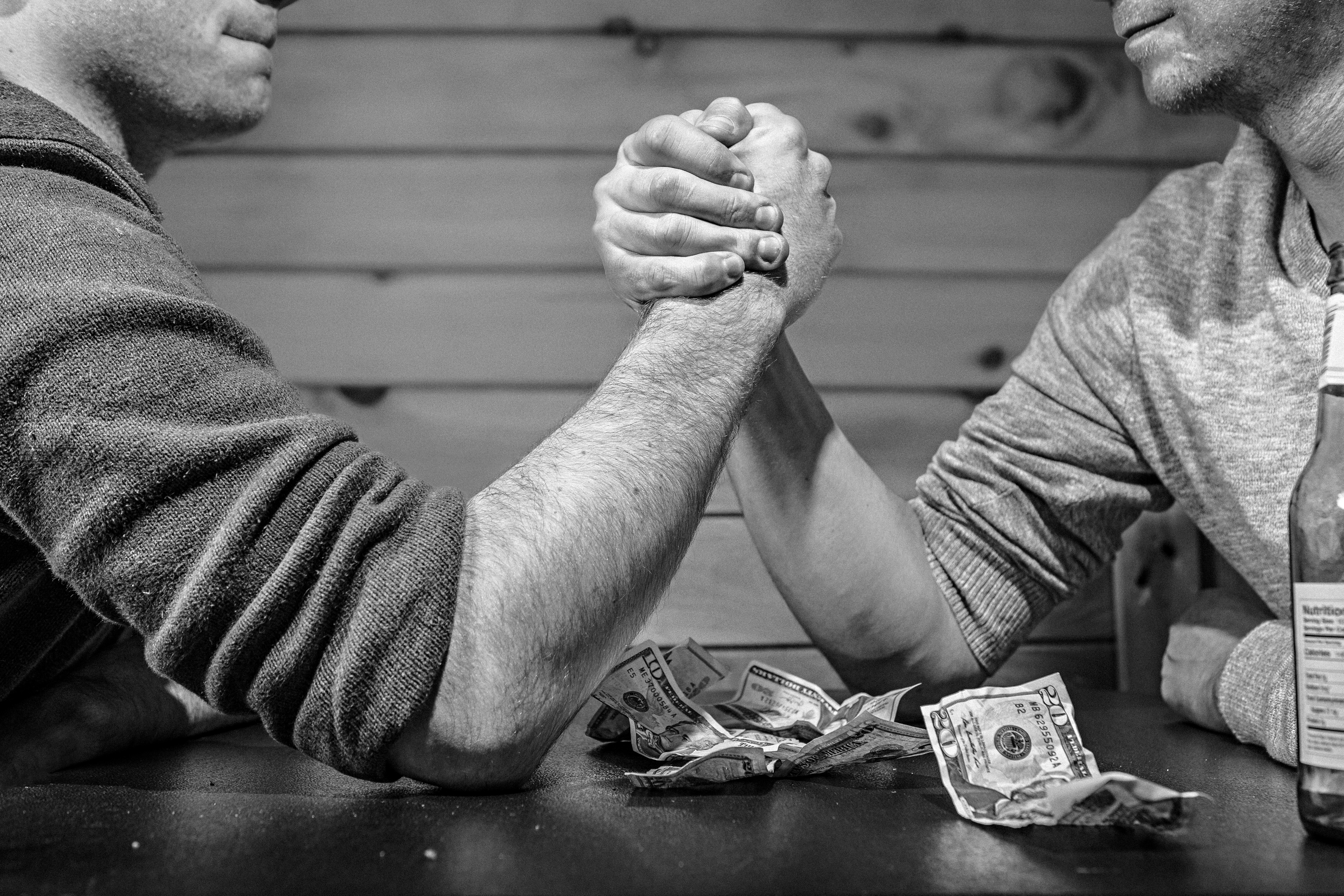 Fees vs. Commission: Which One Should Your Financial Advisor Charge?
