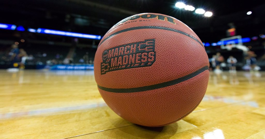 This Bracket of College Costs is Truly March Madness